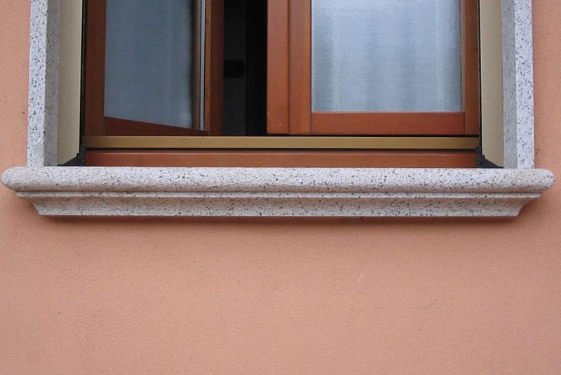 Soglie e davanzali in serizzo e granito scur diego - Soglie per finestre ...
